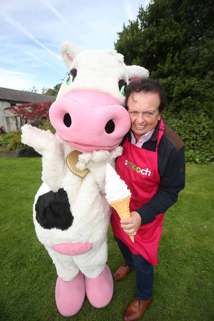 Marty Morrissey and Dairyglen's ever popular Smooch ice-cream brand ambassador Lola the Cow